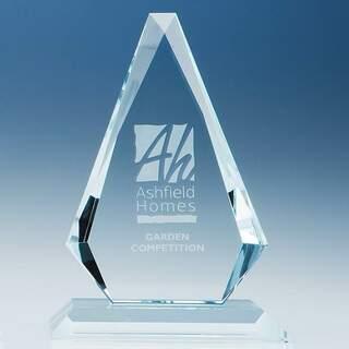 20.5cm x 13.5cm x 19mm Clear Glass Windsor Diamond Award
